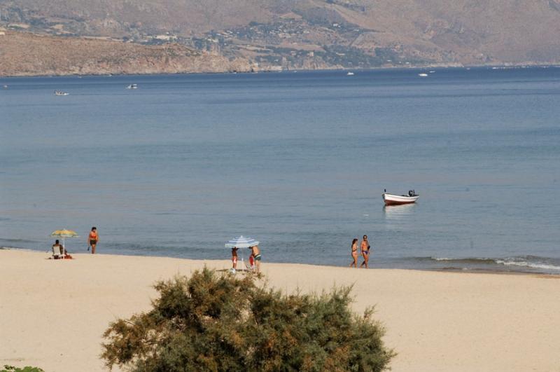 Matrimonio Spiaggia Alcamo : Turismo trapani spiaggia di alcamo marina mare